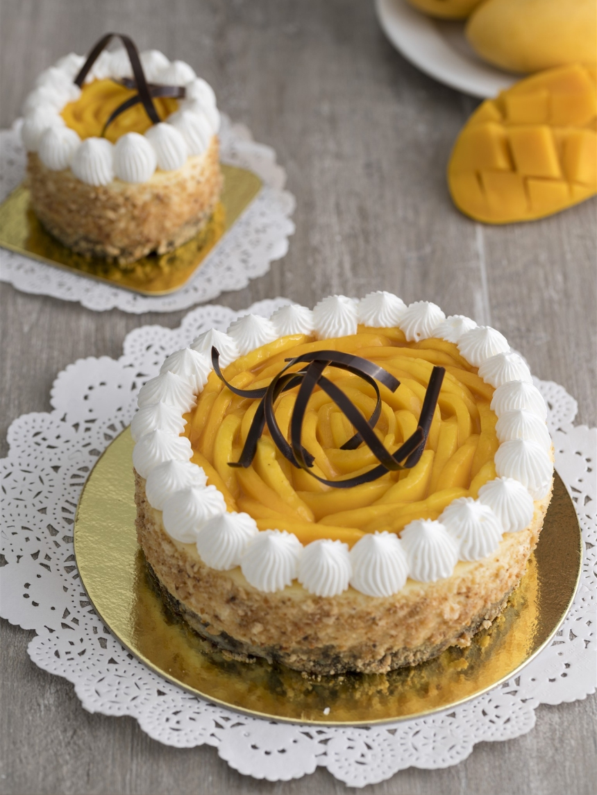 Marco Polo Plaza Cebu Mango Cheesecake